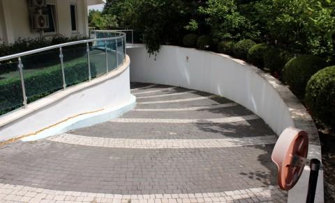 KİRALANDI Limanda Havuz Manzaralı 1+1 Eşyalı Kiralık